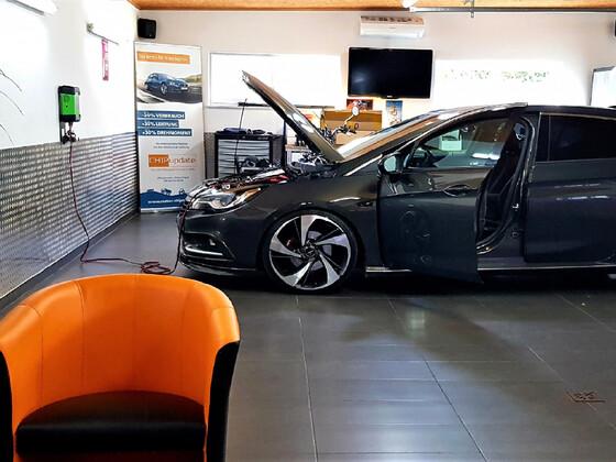Opel Astra K - Abstimmung der Hardware mit Software