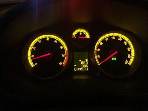 Unser Opel Corsa D 1.4 Bj.2014 - 900 km Reichweite